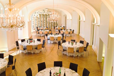 Schönbrunn Palace - Apothecarie's Wing - Room Maria Theresia business dinner © Schloß Schönbrunn Kultur- und BetriebsgesmbH | Olschinsky