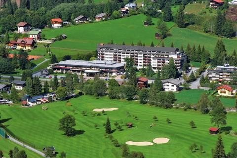 CESTA GRAND - Aktivhotel & Spa - Aussenansicht Sommer © CESTA GRAND Hotel