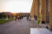 Schloss Schönbrunn Orangerie - Terrasse außen mit Cocktailempfang © Schloß Schönbrunn Kultur- und BetriebsgesmbH | Bildgewaltig |MGollner