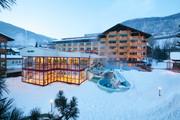 Hotel Pulverer - Aussenansicht Winter © Hotel Pulverer