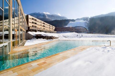 Falkensteiner Hotel & Spa Carinzia - Exterior view in winter © Falkensteiner Hotels & Residences
