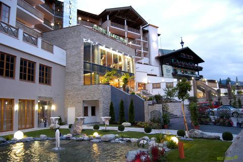 Hotel Alpine Palace - External view © Hotel Alpine Palace