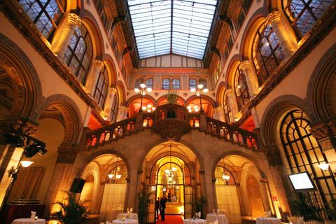 Palais Ferstel - Arcade court © Palais Ferstel, Wien