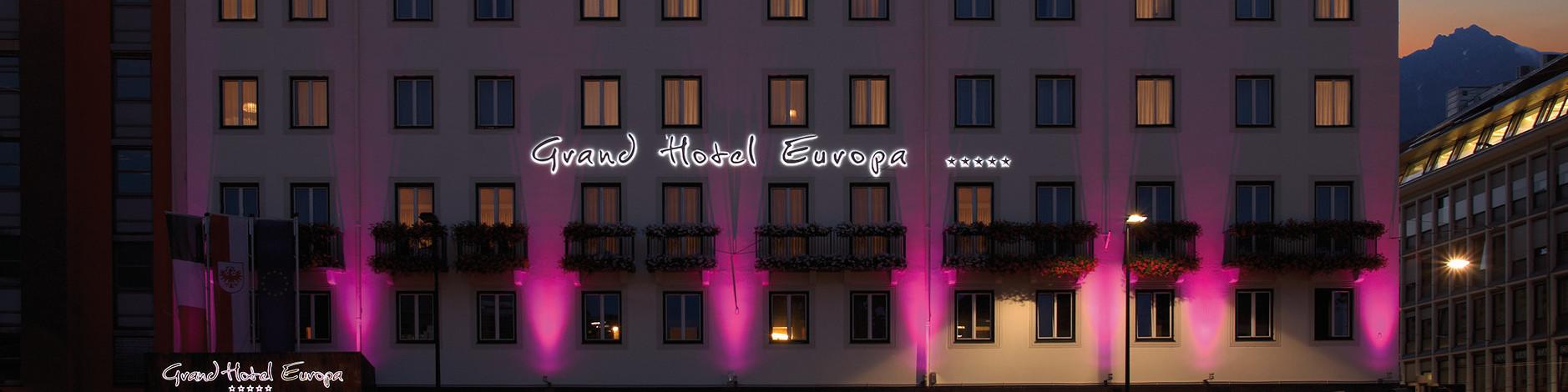 Grand Hotel Europa - Aussenansicht bei Nacht © Grand Hotel Europa Innsbruck | Harald Voglhuber