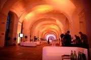 Schloss Schönbrunn Orangerie - Pflanzenora Lounge orange beleuchtet © Schloß Schönbrunn Kultur- und BetriebsgesmbH