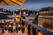 IMLAUER HOTEL PITTER Salzburg - Terrasse Festungsblick Abend © IMLAUER HOTEL PITTER Salzburg