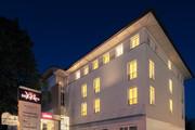 Mercure Salzburg City - Aussenansicht bei Nacht © Abaca Corporate I Mitja Kobal