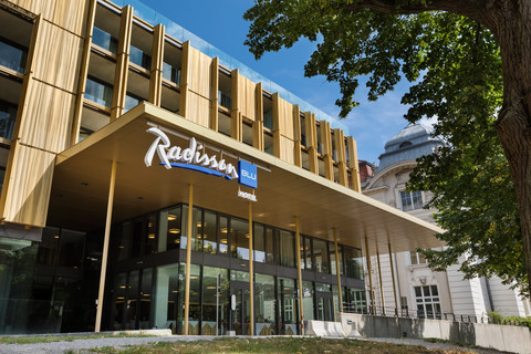 Radisson Blu Park Royal Palace Hotel - exterior view © Austria Trend Hotels