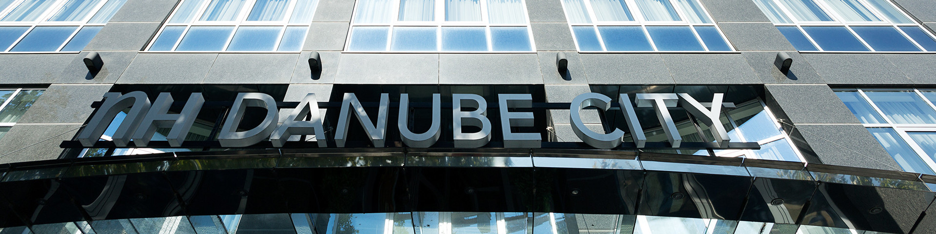 Hotel NH Danube City - Aussenansicht © NH Danube City