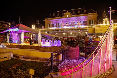 Congress Casino Baden - Terrasse Weihnachten pink © Congress Casino Baden | Christian Husar