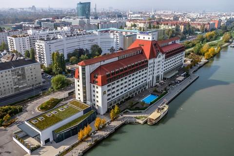 Hilton Vienna Danube Waterfront - Exterior view © Hilton Danube Waterfront