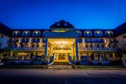 Grandhotel Lienz - Eingangsbereich bei Nacht © Grandhotel Lienz
