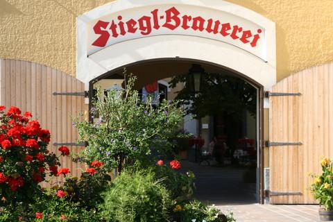 Stiegl Brauwelt - Eingang Stiegl Brauerei © Stiegl Brauwelt