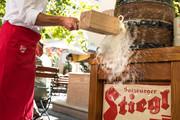 Stiegl Brauwelt - Fassanstich im Gastgarten © Stiegl | Bazzoka